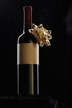 Dec 15,  · How to Buy Wine for a Gift In this Article: Picking a Out a Bottle Buying Wine for Parties and Dinners Presenting the Wine Community Q&A 15 References Wine can make a good gift for a newly married couple as a housewarming gift, the hostess of a dinner party, or your boss%(23).
